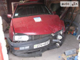 Volkswagen Golf 1.6                                            1996