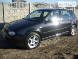 Volkswagen Golf 1.6 L                                            1999