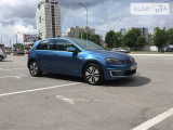 Volkswagen Golf e-                                                     2015