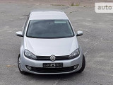 Volkswagen Golf 1.6                                            2012